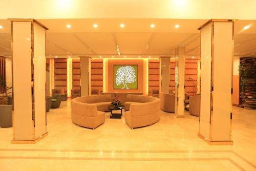 The lobby or reception area at Cartel Hotel
