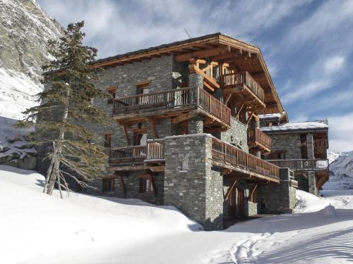 Chalet Chardons Amelie during the winter