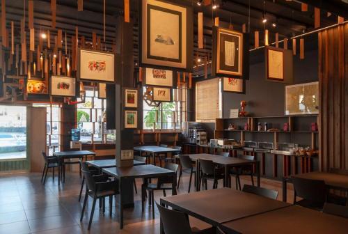 Een restaurant of ander eetgelegenheid bij Nautilus Lanzarote