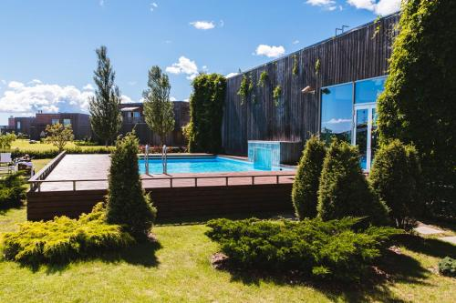 The swimming pool at or near Georg Ots Spa Hotel