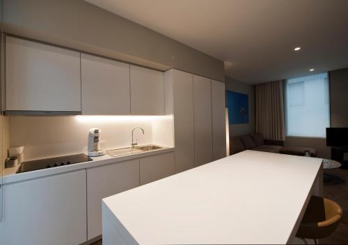 A kitchen or kitchenette at Studio K