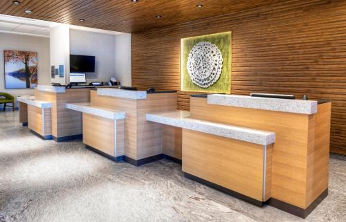 The lobby or reception area at Fairfield Inn & Suites by Marriott Ottawa Airport