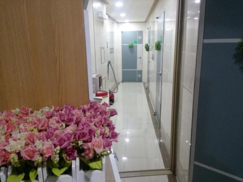 A bathroom at Rooming House Korea