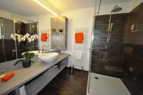 Ein Badezimmer in der Unterkunft Parkhotel Langenthal