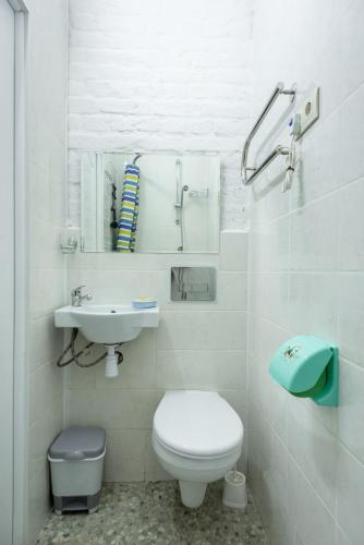 A bathroom at Adjiutant Mini-hotel