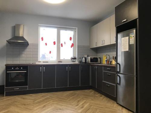 Кухня или мини-кухня в Hostel RESTart