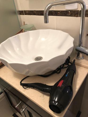 A bathroom at Departamento Oficina Relax