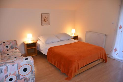 Łóżko lub łóżka w pokoju w obiekcie Apartamenty Czyrna przy Gondoli