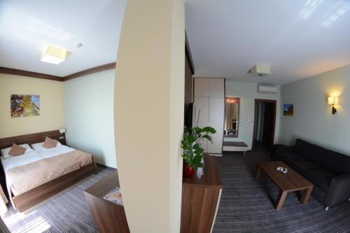 Posedenie v ubytovaní Alexandra Hotel