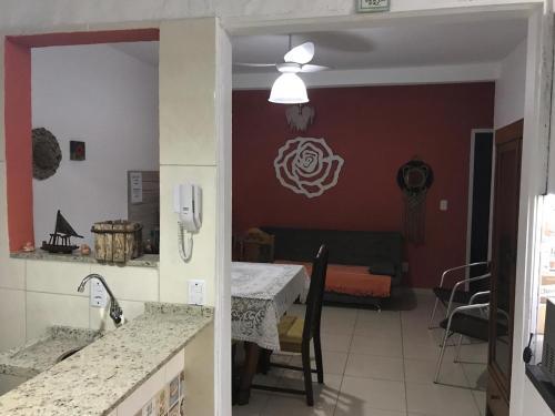 Una cocina o zona de cocina en APARTAMENTO PRÓXIMO MAR