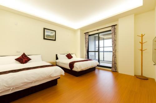 9x9 Homestay Hualien City Taiwan Booking Com