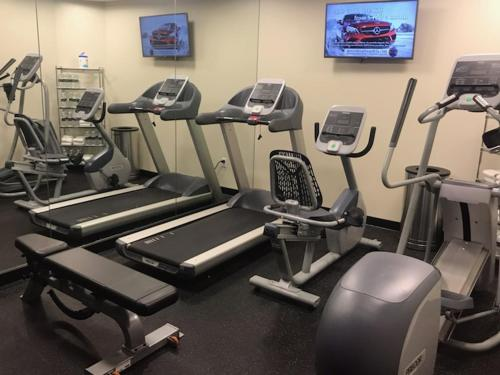 The fitness center and/or fitness facilities at Morrison Clark Inn