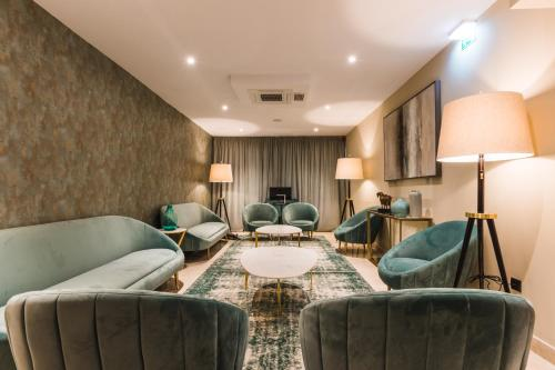 A seating area at Rossio Boutique Hotel
