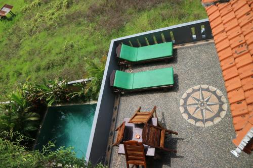A view of the pool at Bima Sakti House Canggu or nearby