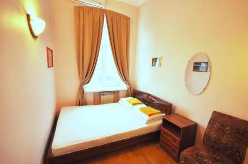 Кровать или кровати в номере Avord Hostel