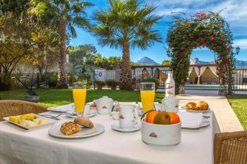 Opciones de desayuno disponibles en Hotel Tossal d'Altea