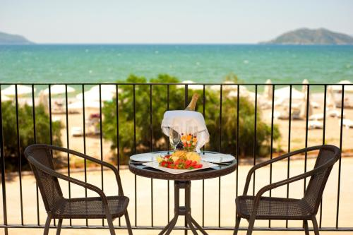 A balcony or terrace at Jiva Beach Resort - All Inclusive
