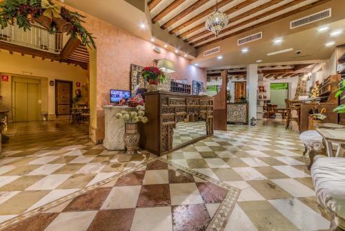 The lobby or reception area at Hotel Argantonio