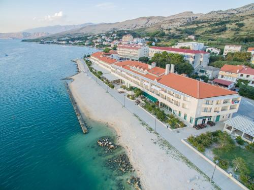 A bird's-eye view of Family Hotel Pagus - All Inclusive