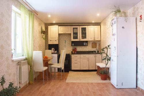 Кухня или мини-кухня в Панорама