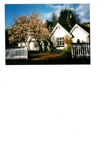 Ford Cottage