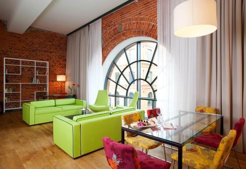 Гостиная зона в Vienna House Andel's Lodz