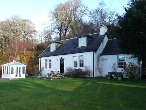 Dubh Loch Cottage