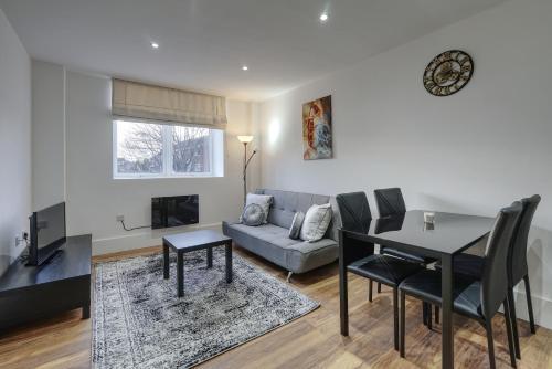 Alfa Apartments, Quarry Court, High Street, Morley