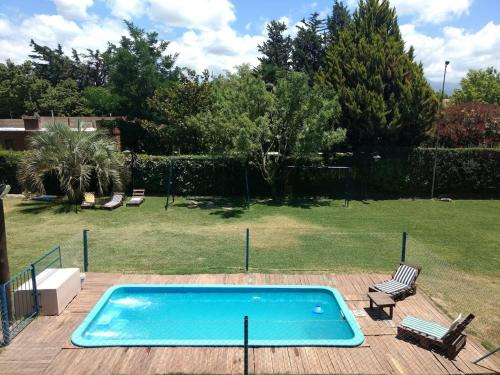 The swimming pool at or near Ayres de Vistalba