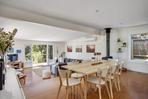The lounge or bar area at Harleian Beach House: walk to both beaches