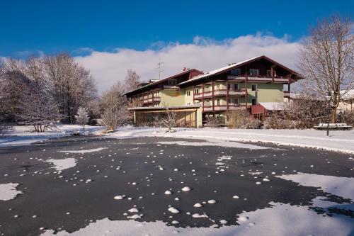 Thermenhotel Ströbinger Hof im Winter