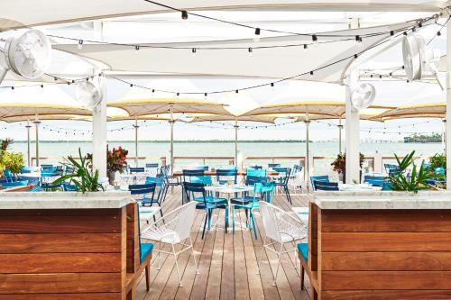 A restaurant or other place to eat at The Standard Miami