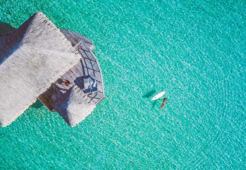 A bird's-eye view of Le Taha'a Island Resort & Spa