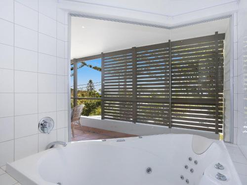 A bathroom at EAST COAST ESCAPES - Lighthouse Studio