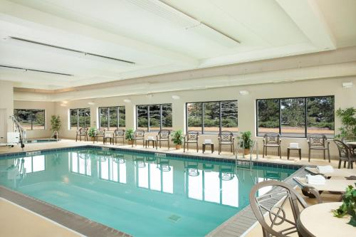 The swimming pool at or near Hampton Inn Chicago-O'Hare International Airport