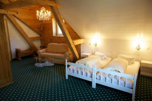 Ein Bett oder Betten in einem Zimmer der Unterkunft Hotel Posta