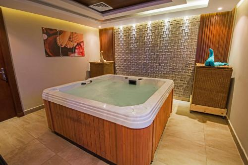 Spa and/or other wellness facilities at Royal Tulip Beach Resort
