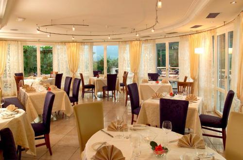 Ресторан / где поесть в Hotel Hanny
