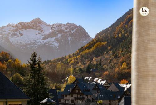 Vista general d'una muntanya o vistes d'una muntanya des de l'hotel