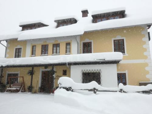 Haus Seebach im Winter