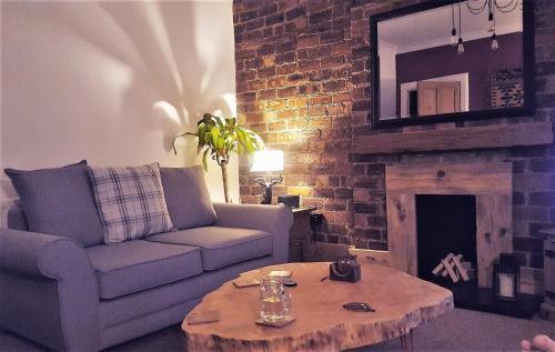 Snug - Krayr Apartment