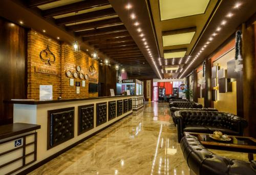 The lobby or reception area at Platinum Hotel and Casino Bansko
