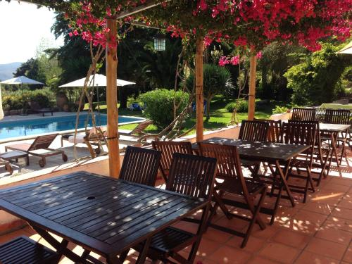A restaurant or other place to eat at Quinta Verde Sintra