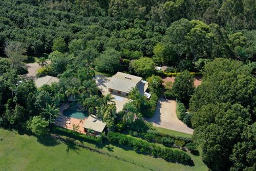 A bird's-eye view of SummerHills Retreat Byron Bay