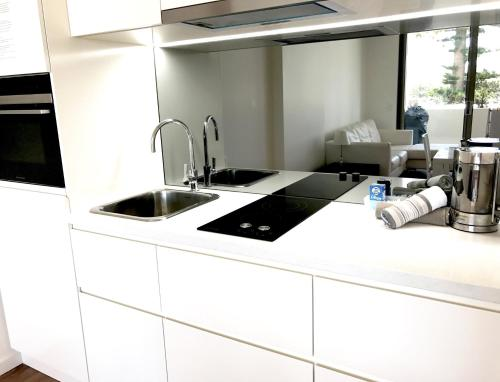 A kitchen or kitchenette at Kiama Executive