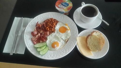 Завтрак для гостей Отель Мэрри Поппинс
