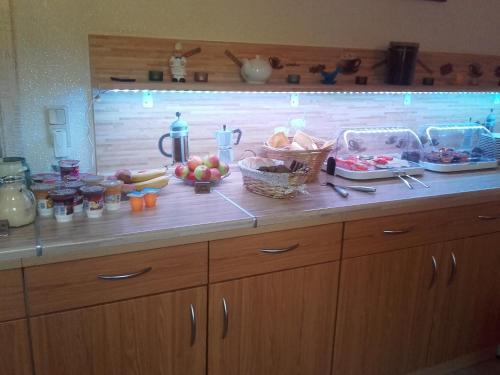 Küche/Küchenzeile in der Unterkunft JaNettes Gästehaus