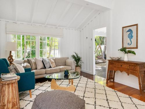 A seating area at A PERFECT STAY - San Juan Surfers Cottage