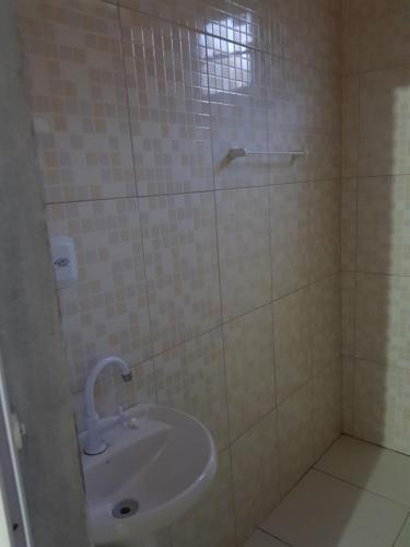 A bathroom at CasaCamping Brilho do Sol