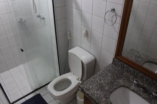 A bathroom at Flat Abolicao